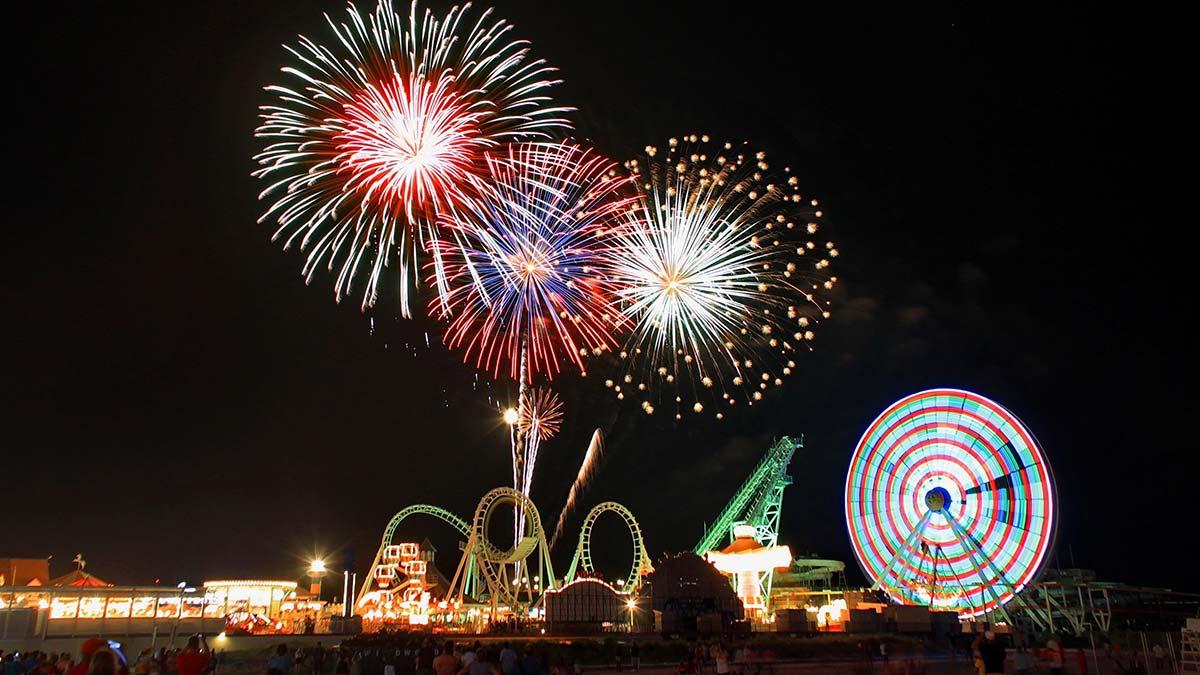 Boardwalk Fireworks Myrtle Beach
